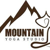 Aireal-Yoga-Studio-Mountain-Yoga-Studio